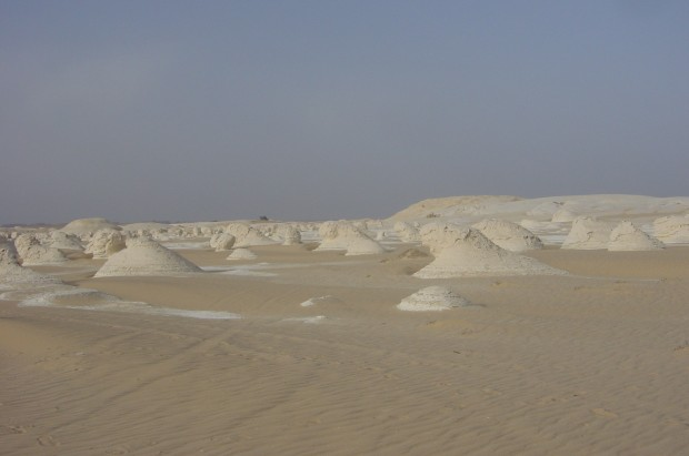Vivre au Caire Desert Blanc 620x411, VIE travailler au caire partir en Egypte Expérience expatriation Egypte Caire Afrique