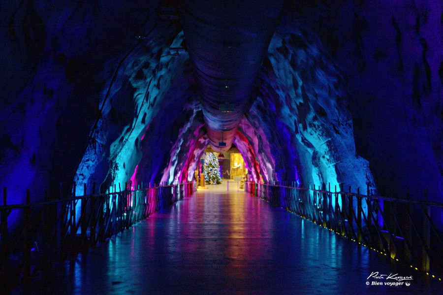 Rovaniemo-santa-clause-caverne