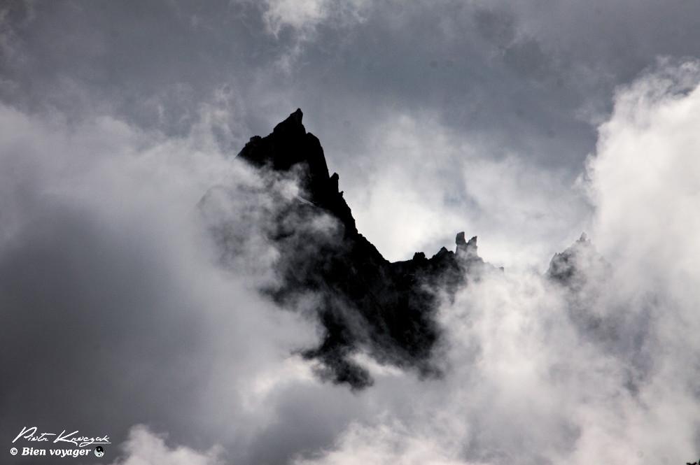 montagne noir et blanc