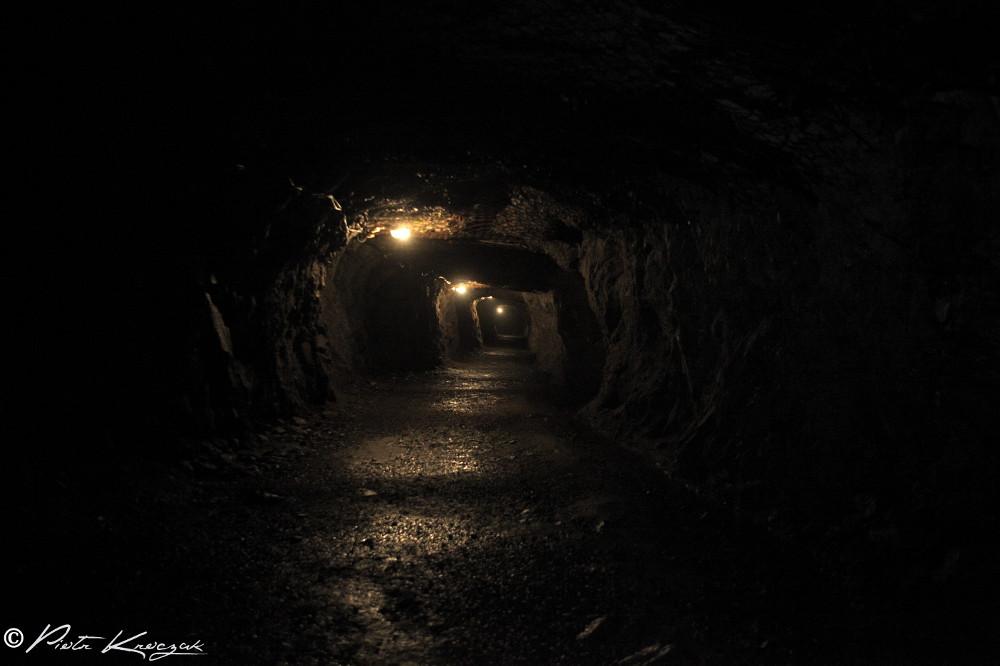 Pologne : mystérieuse cité souterraine de Głuszyce, complexe militaire qui aurait pu changer le cours de l'Histoire