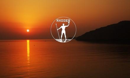 Rhodes, entre ciel et mer bleu